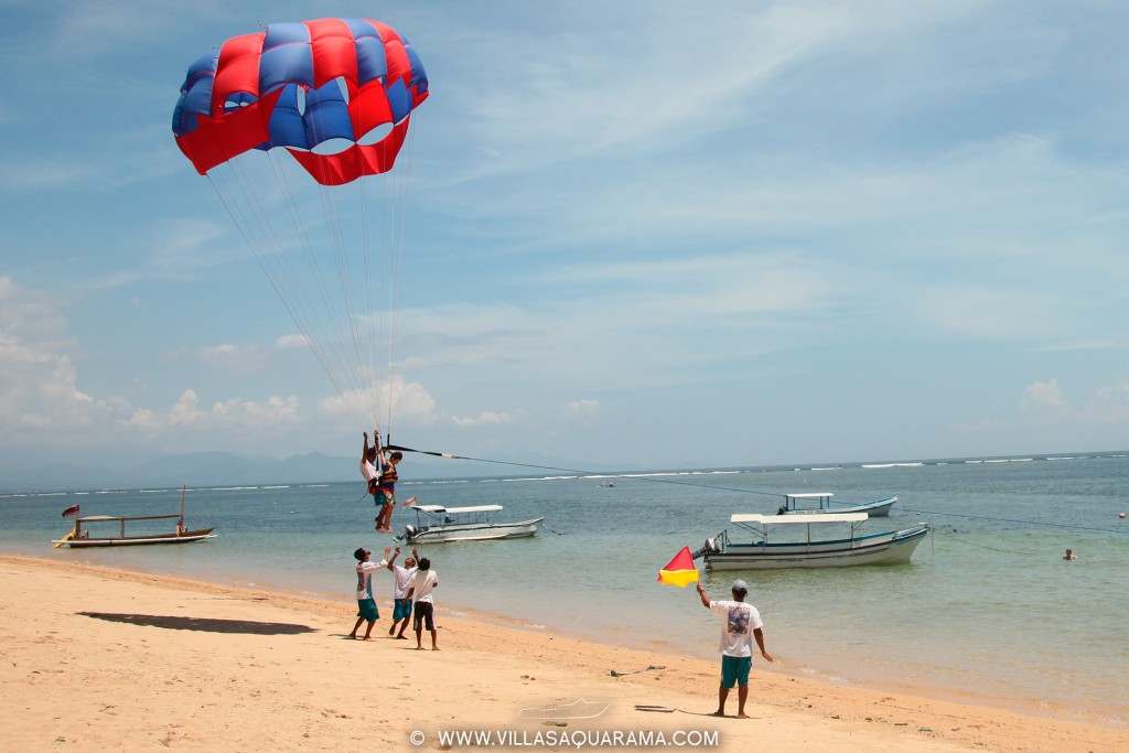 boat-sanur-beach-parascending-rent-villas-aquarama-bali-05
