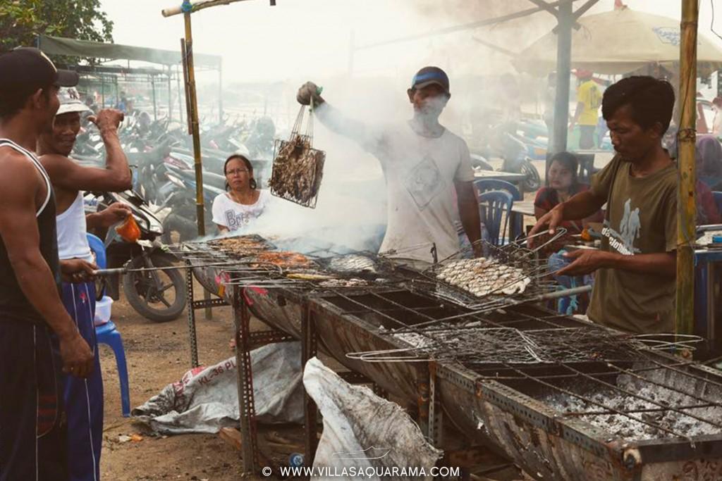 jimbaran-fishmarket-in-bali-fish-barbecue-villasaquarama