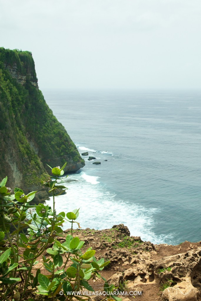 you can have an extraordinary viewpoint from Uluwatu
