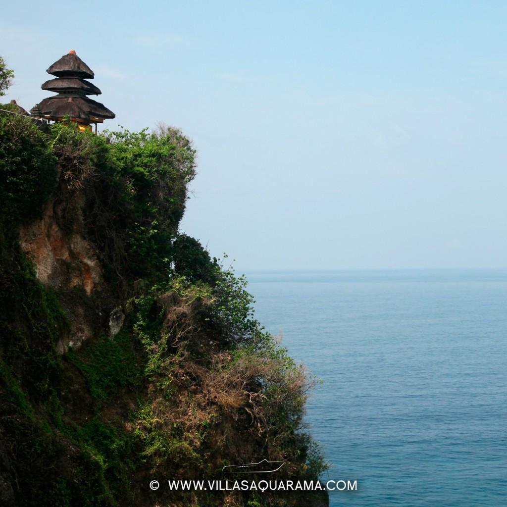 Temple of Uluwatu in Bali