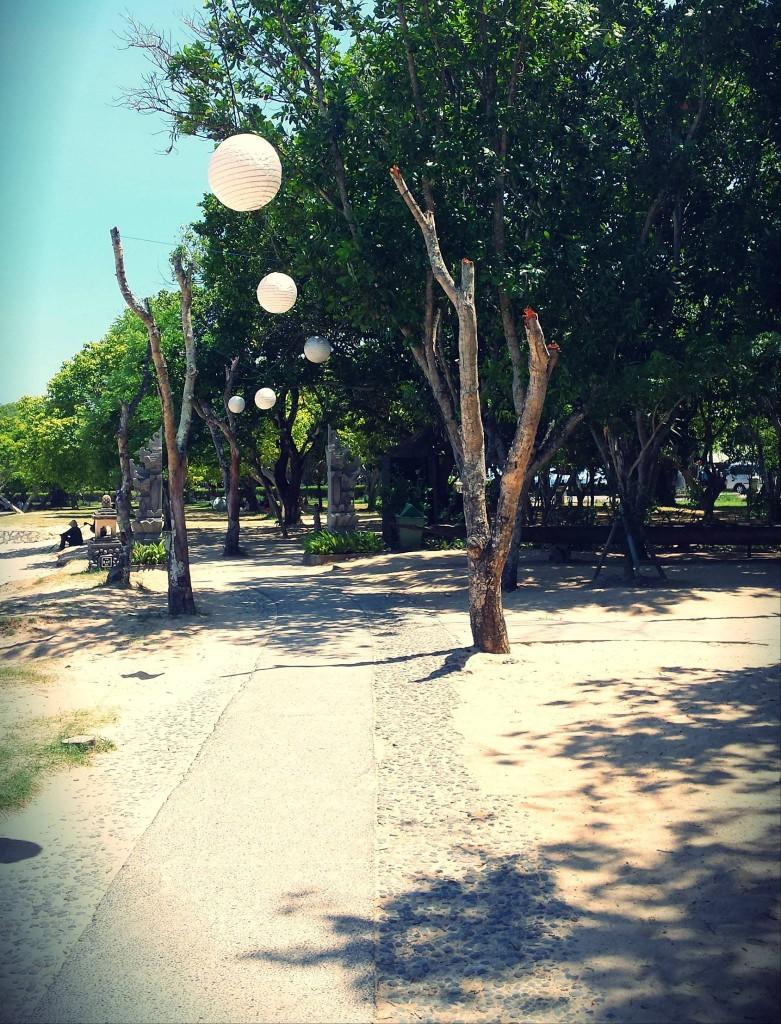 Nusa Dua promenade
