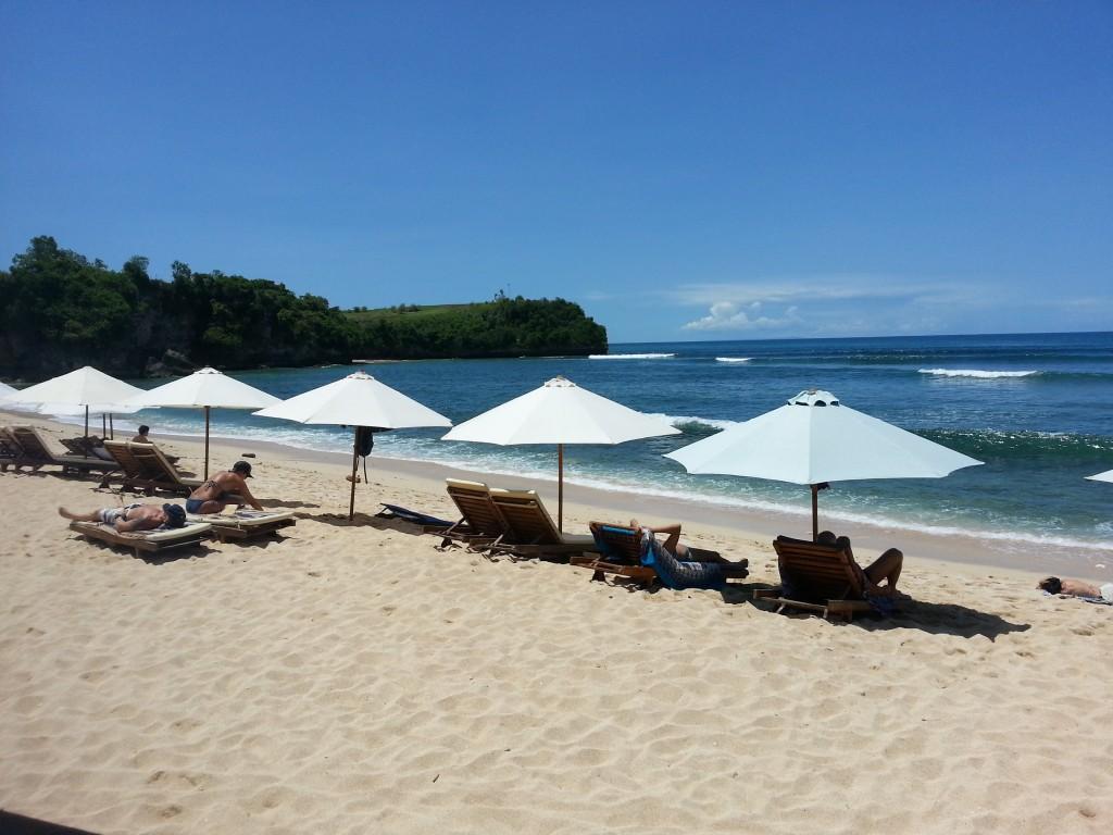 Enjoy Balangan Beach