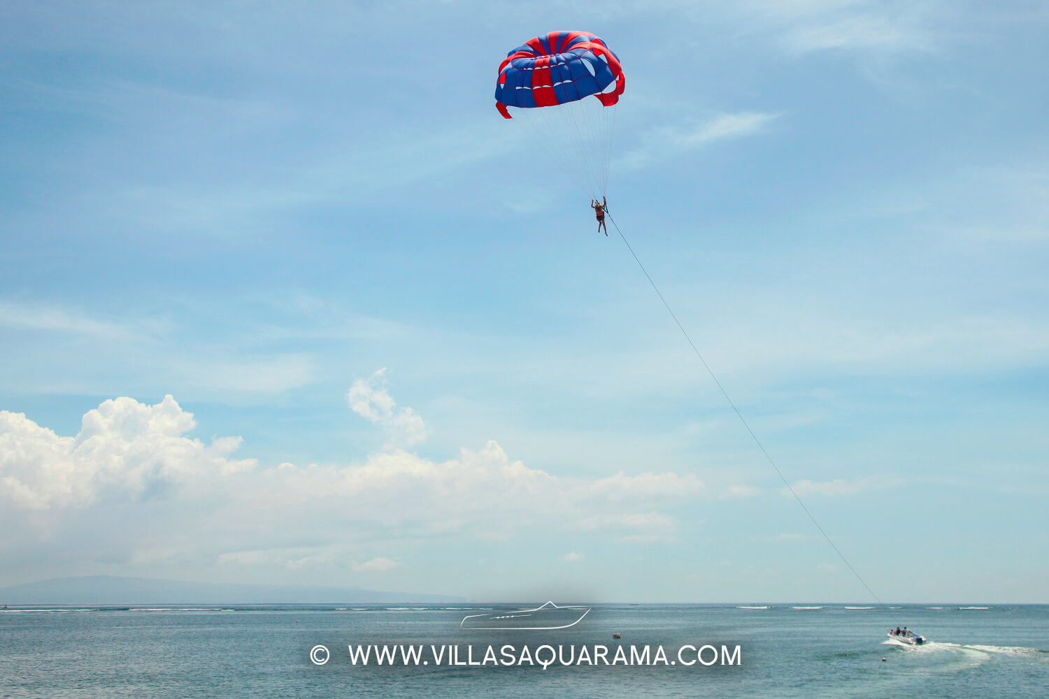 activities-bali-family-parascending-watersport-villas-aquarama-rent