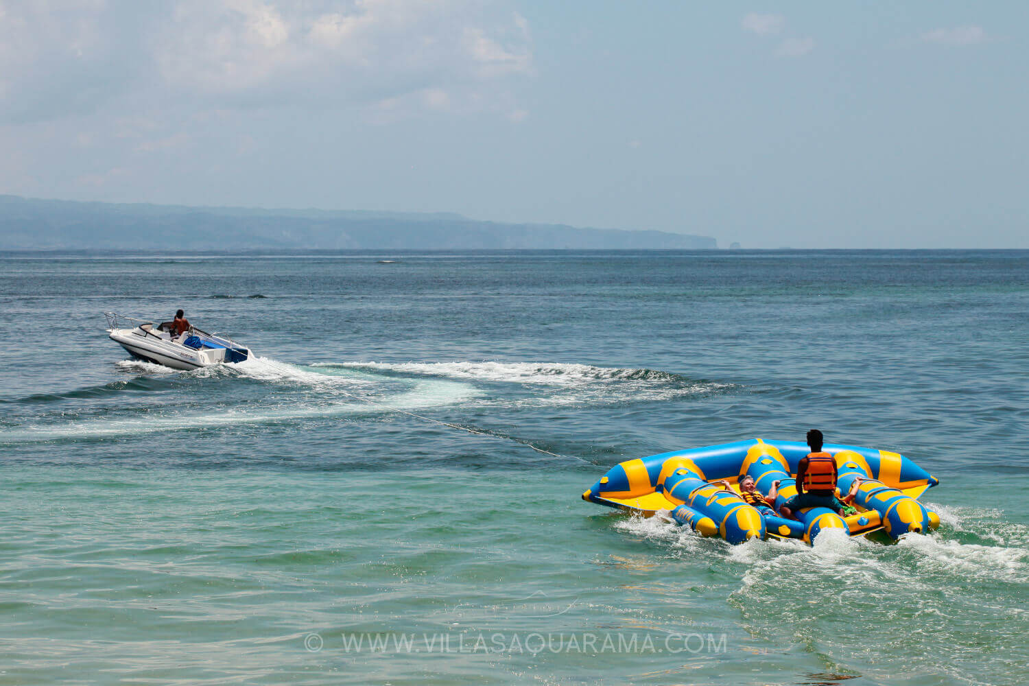 activities-flyfish-bali-family-watersport-boat-villas-aquarama-rent